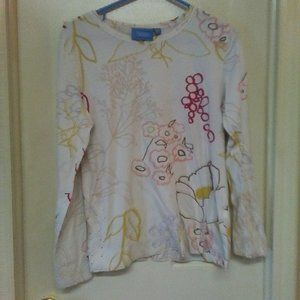 Simply Vera Lightweight Colorful Top